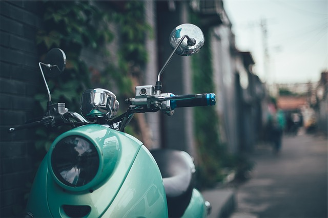 scooter-593155_640
