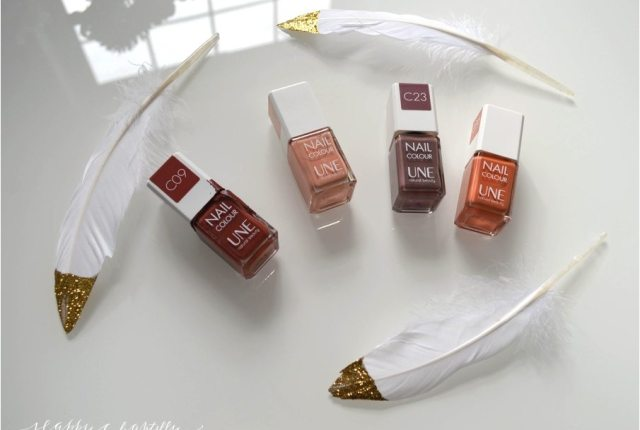 vernis_naturel_une_natural nail_colourv_arnish_une_2