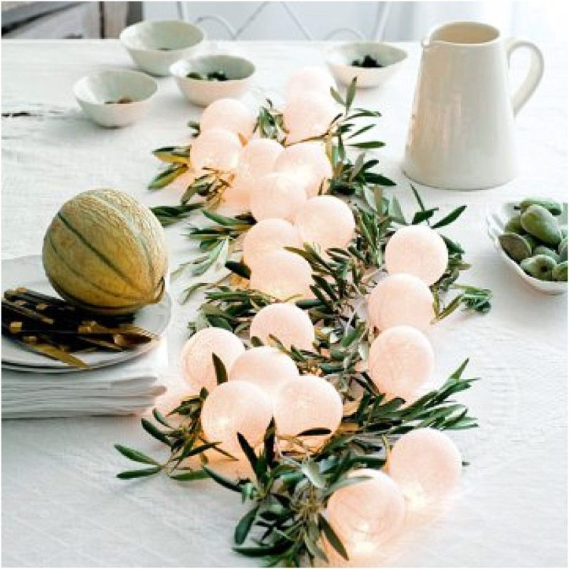 centre-table-blog-mariage-feuillages-guirlande-lumineuse