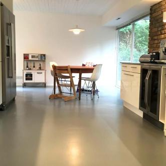 Grey rubber kitchen floor