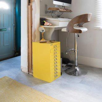 concrete vinyl flooring in hallway