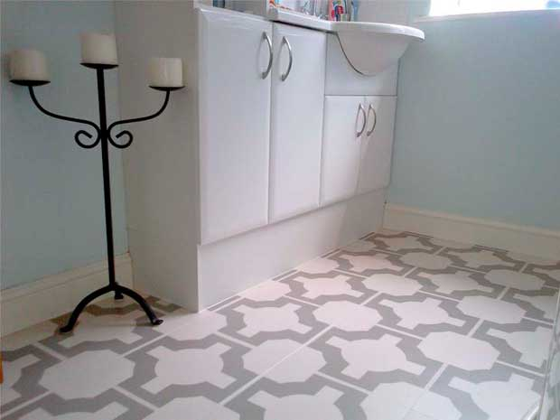 Stylish bathroom floor