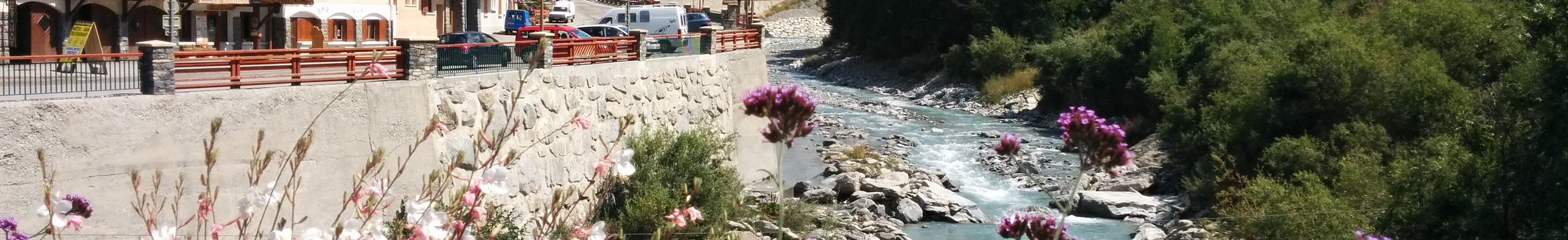 Vue sur l'Arc à Val Cenis - Lanslevillard