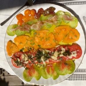 Frische Tomaten mit Kräutern und Olivenöl: 7 Tage 7 Teller