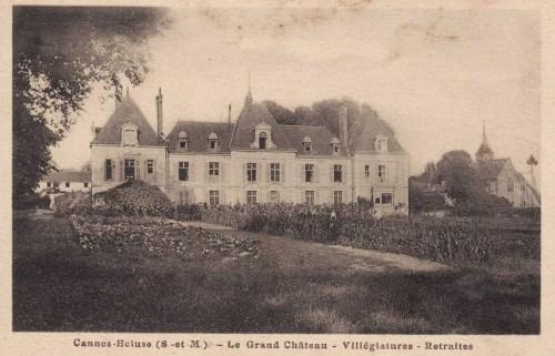 Carte postale ancienne du château de Cannes Ecluse