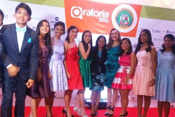 Método en el evento de presentación de los 12 finalistas de Oratoria 2016