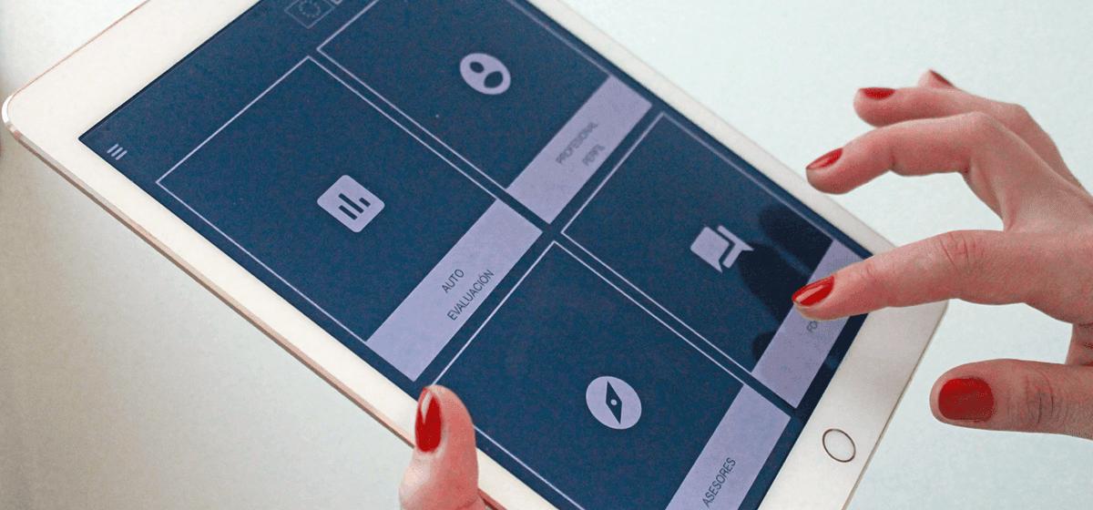 Utilizando iYOT App en tablet