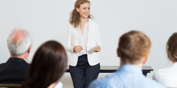 oferta de empleo: docente para Madrid