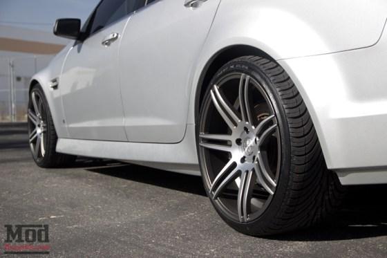 Silver Pontiac G8 Silver 7 Spoke Concept One Wheels