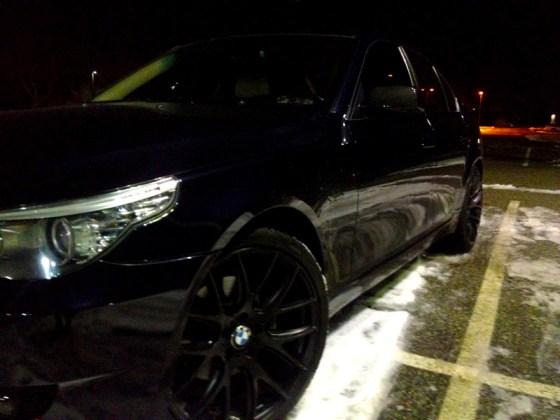 BMW-E60-528Xi-Black-Wheels-Grilles-004
