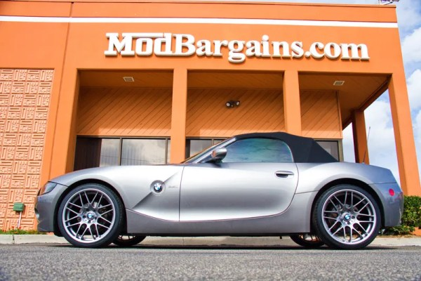 Quick Snap: Two Silver E85 BMW Z4s on 18″ VMR VB3 & VMR V710 Wheels