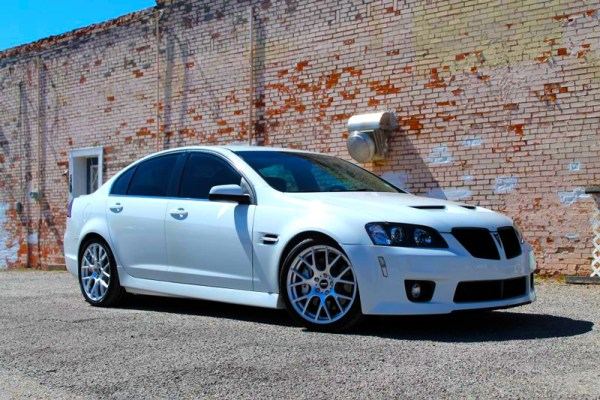 Quick Snap: New VMR 810 Wheels on Pontiac G8