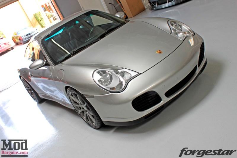 porsche-996-carrera-4s-on-gm-forgestar-cf10-img001