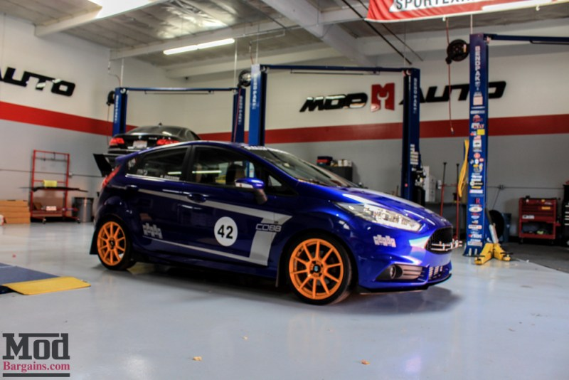 new fiesta st front splitter side skirt extensions race. Black Bedroom Furniture Sets. Home Design Ideas