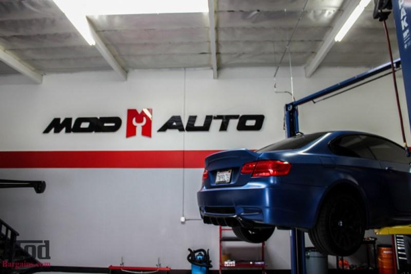 BMW_E92_Frozen_Blue_M3_Remus_US_RACE_CF_Lip_CSL_details-1