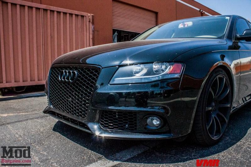 Audi_B8_A4_Black_RS_Grille_VMR_V701_MB-2