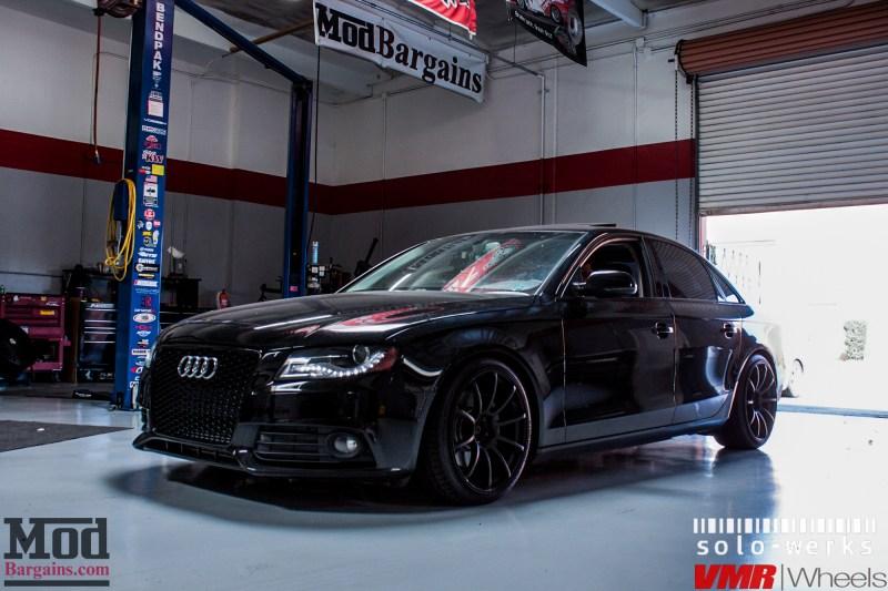 Audi_B8_A4_Black_RS_Grille_VMR_V701_MB-21
