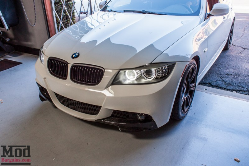 BMW_E90_White_CF_Splitters_Halos_Black_Kidneys-5