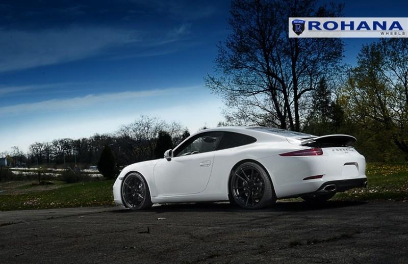 Porsche_991_Carrera_S_Rohana_RF2_matteblack_20x9_20x12_img001