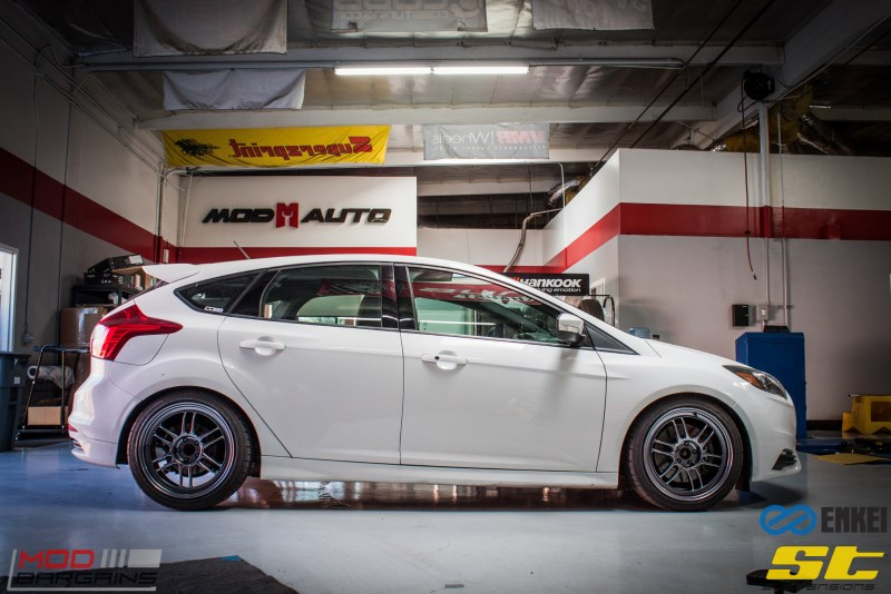 Ford Focus ST 14 CX FMIC ST X Coilovers Enkei RPF-1 Steeda Rear Sway Milltek nonres (16)