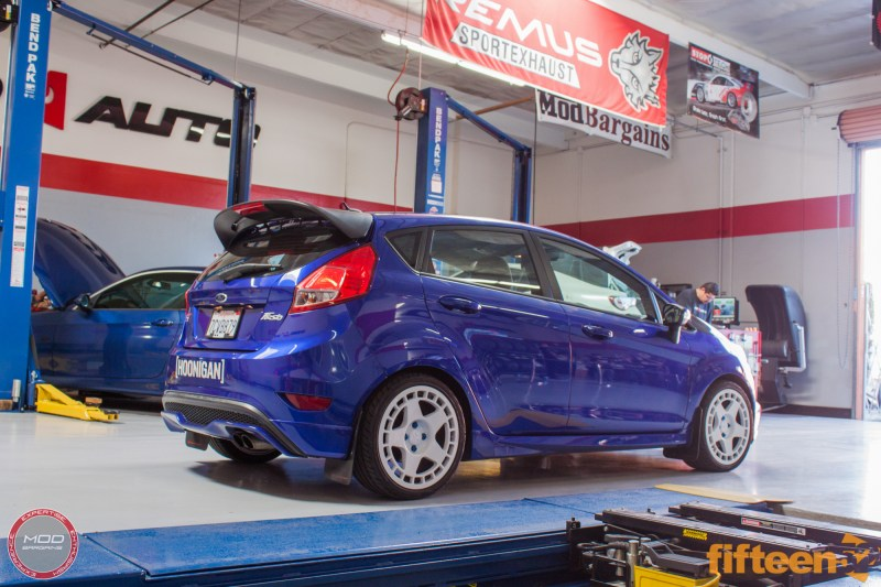 Ford_Fiesta_ST_Fifteen52_Turbomac_Seibon_CF_Hood_Luis_Lara (31)