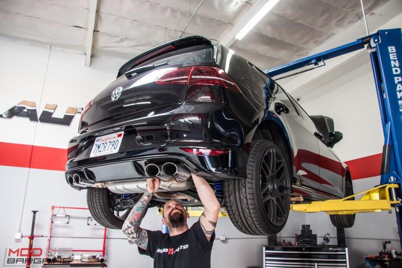 VW_Golf_R_Mk7_HR_Forgestar_F14_AWE_Quad_Exhaust (39)