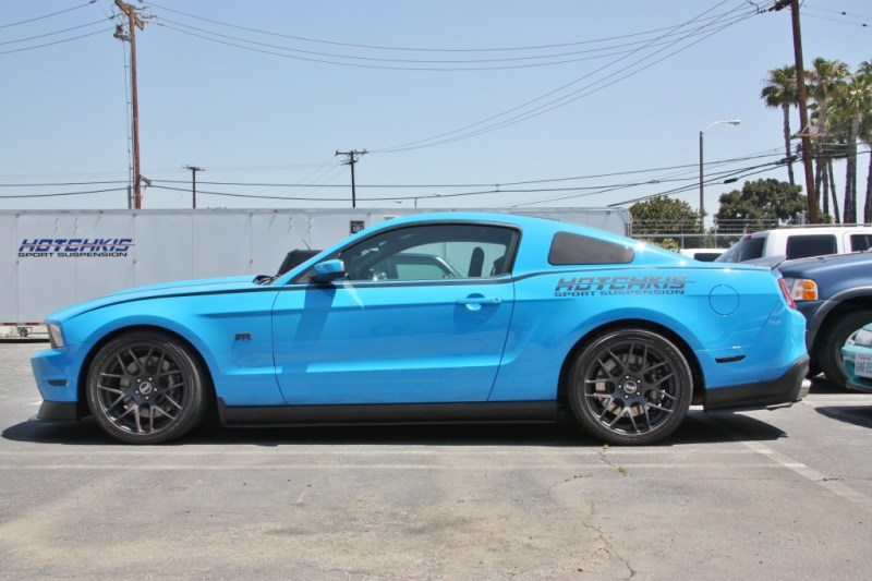 Ford_S197_Mustang_RTR_Hotchkis_Springs