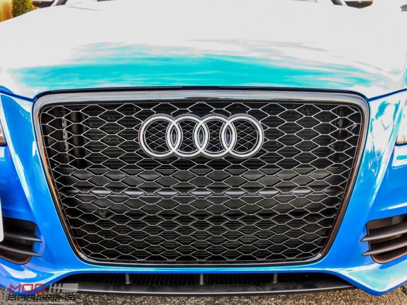 Audi_B8_S4_SepangBlue_RS_Grille (4)