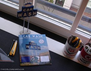 car_wash_book_pylon_sign_scale_model_1_25-01
