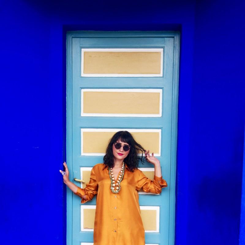 narimen-jardin-majorelle-marrakech-robe-jaune