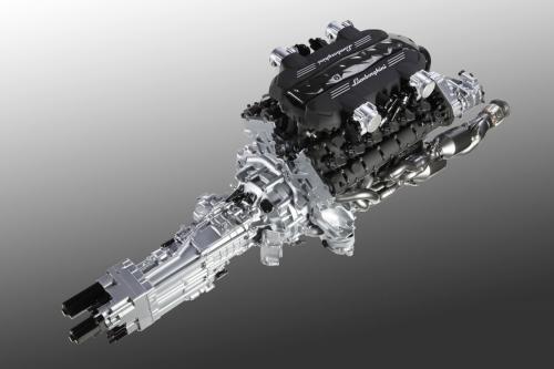 Lamborghinis Aventadore v12 Engine revealed lamborghini