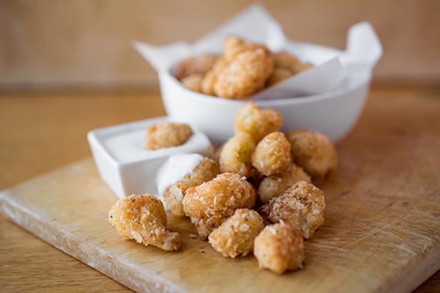Bite-size-recipes---Mini-cauliflower-poppers
