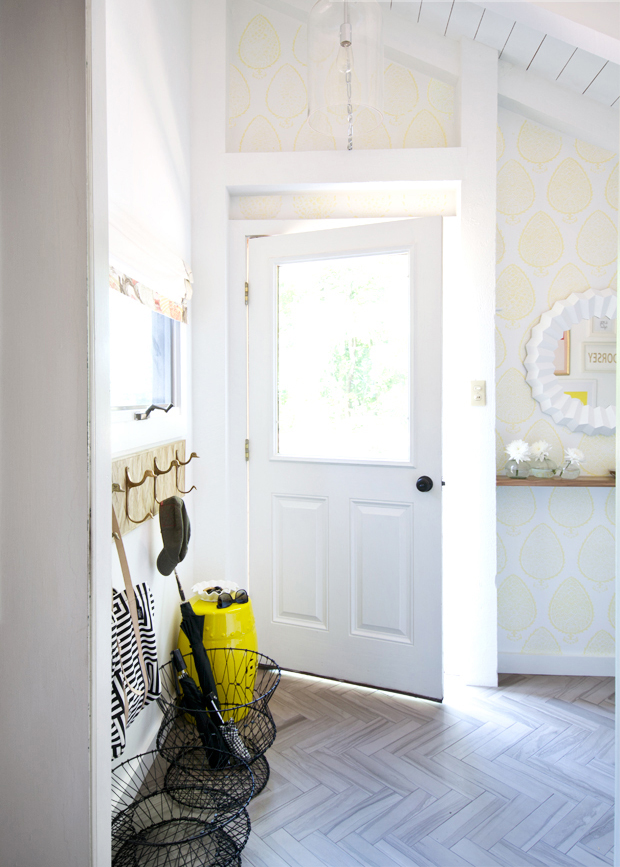 Room Before Foyer : Before and after sarah dorsey s entryway makeover