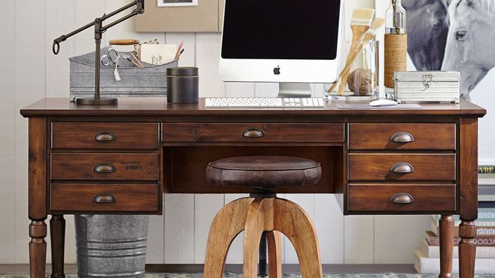 printers-keyhole-desk-z