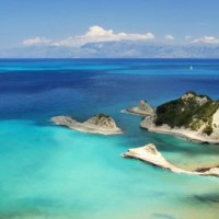 Purple Hearts: Corfu Holidays