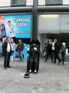 Strassenkünstler in London (Bild: shining.darkness)