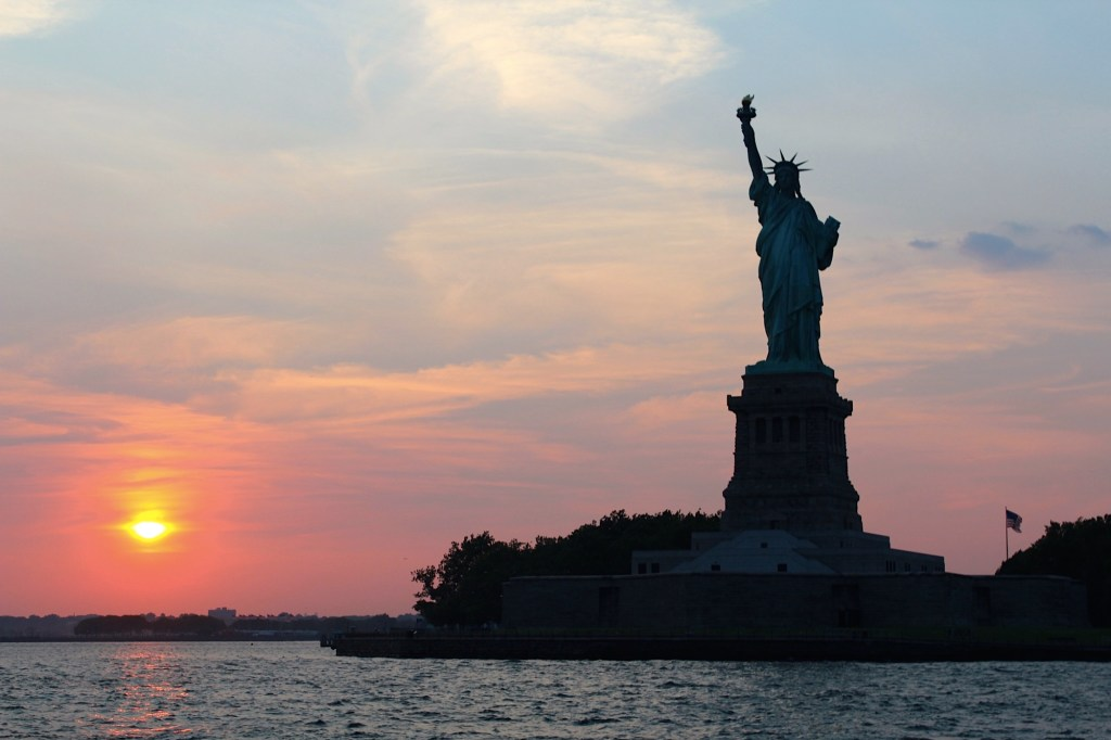statue-of-liberty-cruise