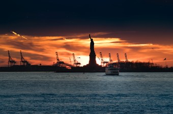 Sailo Sunset Cruise Around New York City