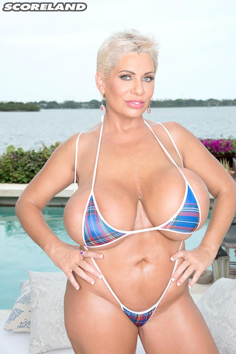 bbw string bikini