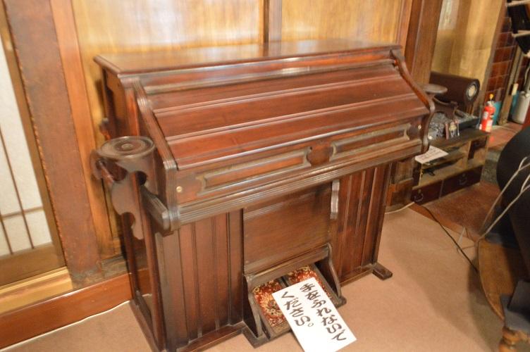 日本最古のピアノ 小