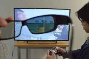市販の液晶フラットパネルディスプレイによる映像多重化