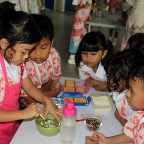 blog sittakarina - yuk berkontribusi dalam pendidikan