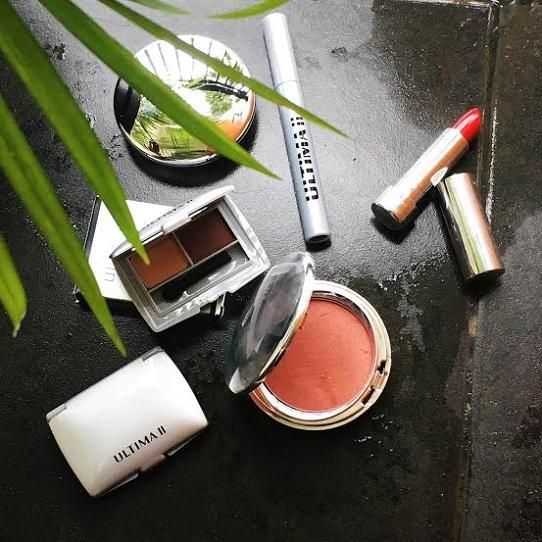 8 Tips Makeup Simpel untuk Wajah Glowing