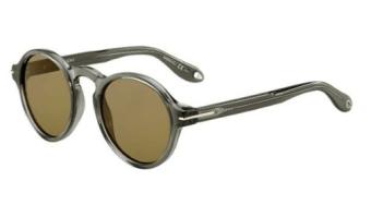 short-presents-kayla-smartbuyglasses-givenchy-1