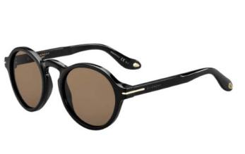 short-presents-kayla-smartbuyglasses-givenchy