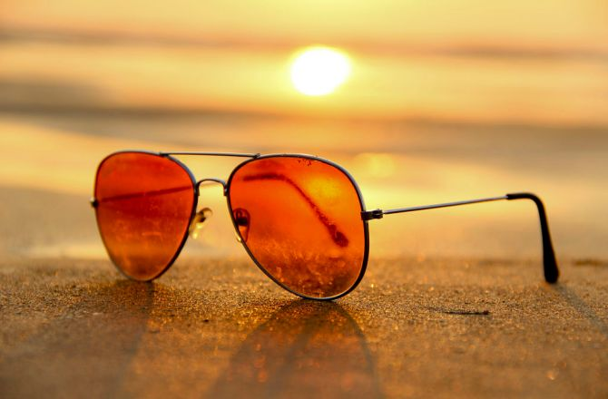 How to Wear Orange Shades With Style