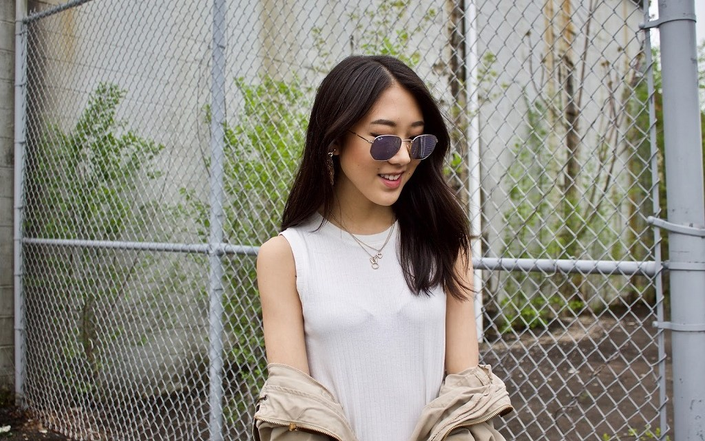 ENCLOTHED COGNITION: PUT YOURSELF FIRST AND FEEL CONFIDENT WITH RAY-BAN