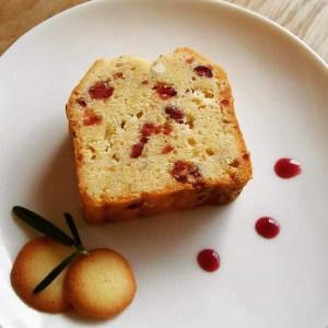クランベリーとホワイトチョコレートのパウンドケーキ