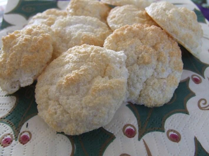Paleo Almond Macaroons