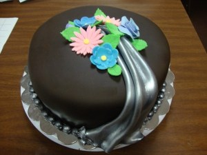 Paul Forcellati's beautiful Cake in our Fondant Decorating Class